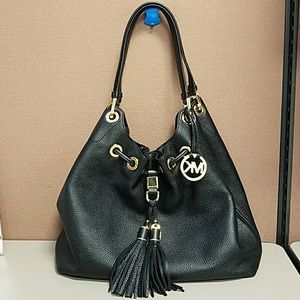 Michael Kors MK Camden black shoulder bag
